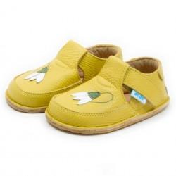 Chaussures souples cuir clochette