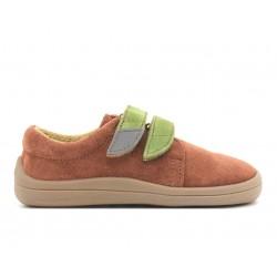 Barefoot Woody